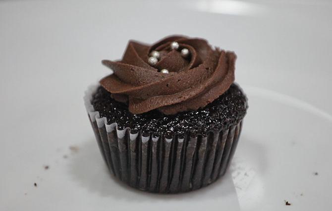 Eat the Cupcake, Cupcake